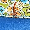כחול רויאל + פרחים צבעוניים